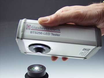 BTS256-LED Tester for LED Measuremnt from Gigahertz-Optic